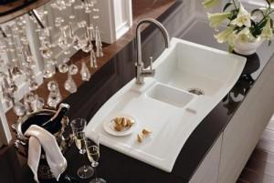 Кухонная керамическая раковина