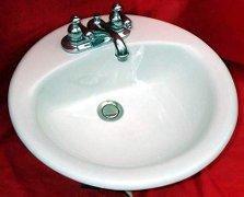 Овальная накладная раковина для ванной